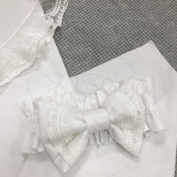 Бант кружевной на конверт Маленькая Соня на резинке белый 24,5*10 см арт.890032